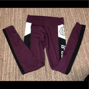 maroon PINK Ultimate Leggings with pockets